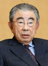 「名誉顧問」に就任するセブン&アイの鈴木敏文会長