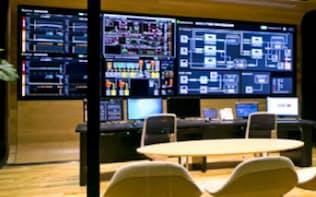 日立はインフラ関連設備でもIoTの活用を積極的に進める(写真は千葉県柏市にあるエネルギー消費量などを管理するセンター)