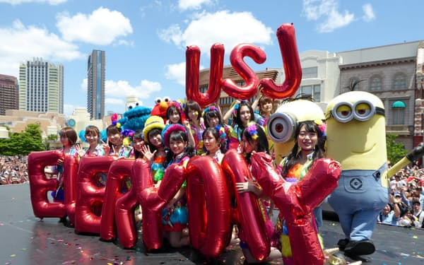 USJでは今夏、AKB48グループが常駐してライブを開催する(2日、大阪市)