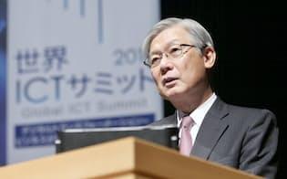 講演するNECの新野隆社長兼CEO(6日午後、東京・大手町)