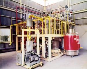 岩谷産業は75年に1時間に10リットルの液化水素を製造するミニ設備を設け、事業の進展につなげた