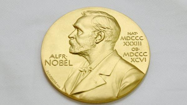 ノーベル経済学賞に米2氏 持続可能な成長の姿示す