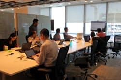 IBMが立ち上げた「ワトソンセンター」では複数の企業が入居し、AI技術を活用した事業の実用化を目指す(シンガポール)