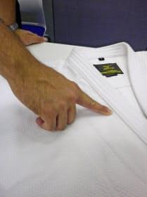 ポリエステル20%配合。軽いが丈夫な繊維を開発した