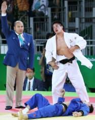 柔道男子90キロ級準決勝で中国選手を破ったベイカー=写真 玉井良幸