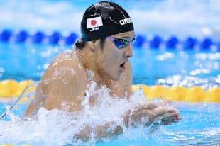 競泳男子400メートル個人メドレー決勝で力泳する瀬戸大也=写真 柏原敬樹