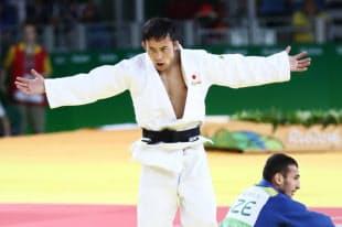 柔道男子60キロ級の3位決定戦で勝利し、銅メダルとなった高藤直寿=写真 玉井良幸