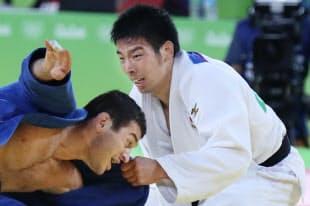 柔道男子81キロ級3位決定戦でジョージア選手を破り銅メダルを獲得した永瀬貴規=写真 玉井良幸