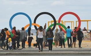 五輪関連の特需や一時雇用の増加は失われる(7月、リオ市内)=写真 柏原敬樹