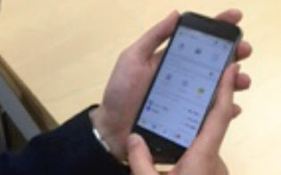 三村さんはマネーフォワードの家計簿アプリを使い、年100万円程度を節約している