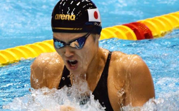 女子200メートル平泳ぎ 2分16秒27で日本記録を7年ぶりに塗り替え、優勝した金藤理絵(8月31日、ベルリン)=共同