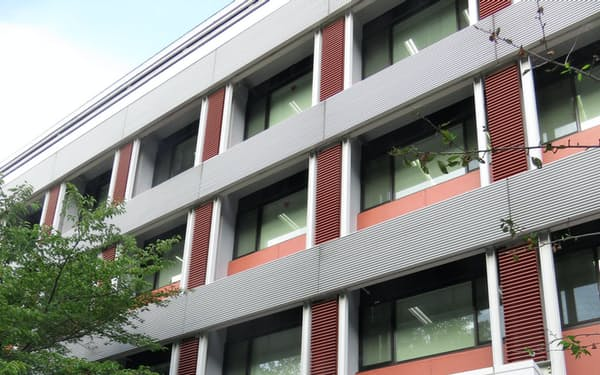 現代の数学者を輩出する京都大学数理解析研究所(京都市左京区)