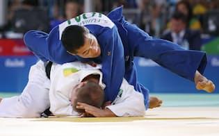 銅メダルを獲得した柔道男子66キロ級の藤本=寺沢将幸撮影