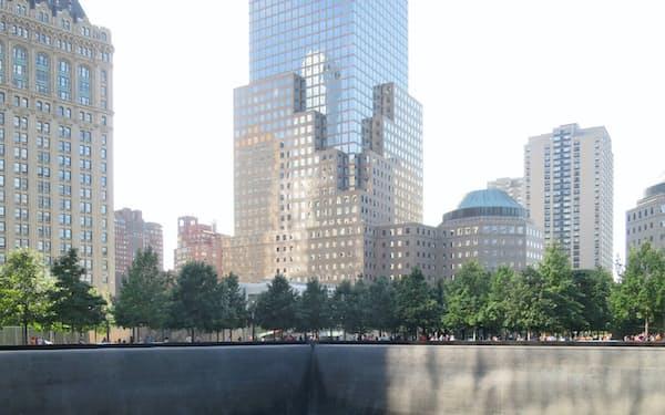 「9.11」は米国の針路も変えた(米ニューヨーク、世界貿易センタービル跡地の追悼施設)