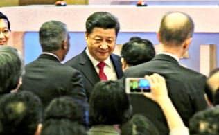 中国の習近平国家主席は2017年秋に開く5年に1度の共産党大会をにらみ、権力集中を急ぐ
