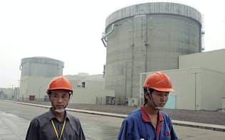 中国が設計した初の原発施設で(浙江省の秦山原子力発電所)。中国は米国やフランスのように原発技術の輸出をもくろむ=AP