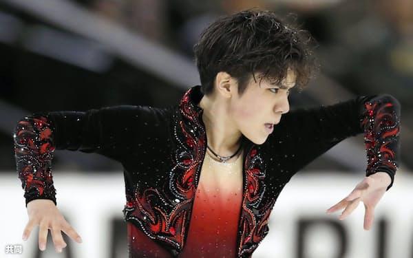 フィギュアスケートのGPシリーズ第1戦、スケートアメリカで優勝した宇野昌磨のフリー演技(23日、シカゴ)=共同