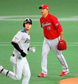 黒田の現役最後の対戦は日本ハム・大谷(左)。すがすがしさを感じたという=共同