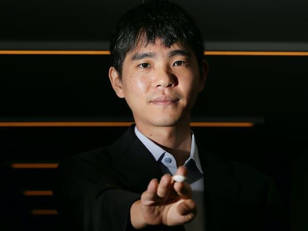 AIに敗れた世界トップ級プロ棋士、韓国のイ・セドル九段