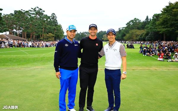 (左から)松山、スコット、石川の3選手を同組にすることには賛否両論あった=JGA提供