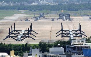 安倍首相は「在日米軍は海兵隊や空軍だ」と説く(沖縄県宜野湾市の普天間基地)