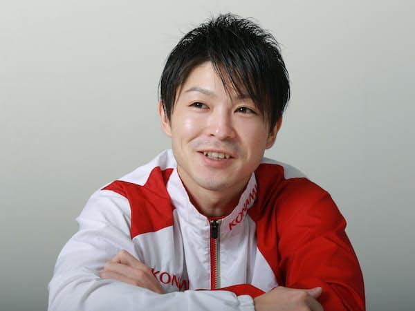 内村はプロになることで「体操の露出を増やし、体操をもっと知ってもらいたい」と強調する