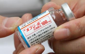 日本では薬価が半額になるオプジーボだが、英国では激しい値下げ交渉が続く