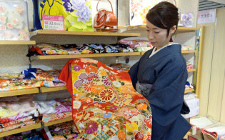 レンタルは購入するよりも10万円ほど割安だ(東京都豊島区)