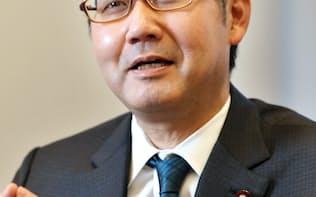 河井克行首相補佐官