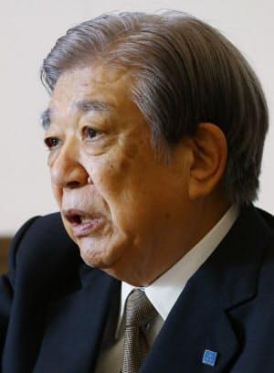 にしかわ・のりお 1936年神戸市生まれ。灘中学・高校を経て58年甲南大経卒、阪神内燃機工業入社。90年三ツ星ベルトへ。95年社長。2007年から現職。03年度、社会貢献に取り組む経営者を顕彰する「渋沢栄一賞」を受賞した。