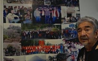 ドゥテルテ氏とバイク仲間で旧友のケン・アンヘレス氏(2016年11月)
