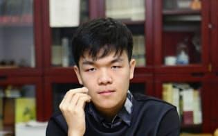 中国人棋士・柯潔(カ・ケツ)。AIに勝つ、世界最強の19歳。
