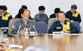 鳥インフルエンザの感染疑い例が発生し、岐阜県庁で開かれた対策本部会議(14日)