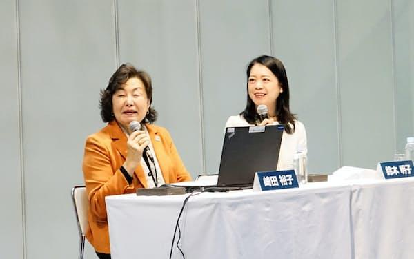 崎田氏と鈴木氏は東京大会の環境負荷を低減する工夫について話し合った