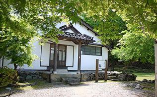 東京帝国大学の初代学長も務めた加藤弘之の生家