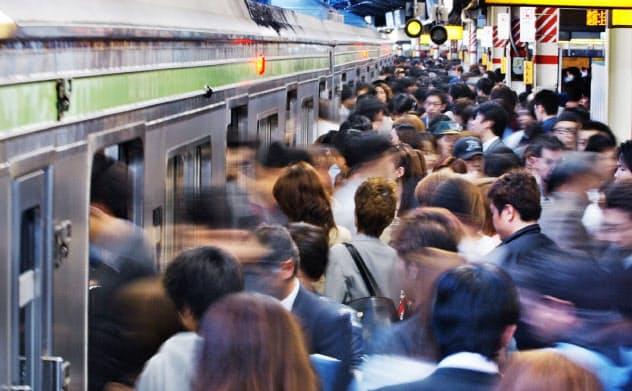 2020年東京五輪の交通混雑緩和に向け、政府は企業にテレワークを呼びかけている