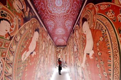 デジタル技術を駆使して復元された「ベゼクリク石窟」の大回廊の一部