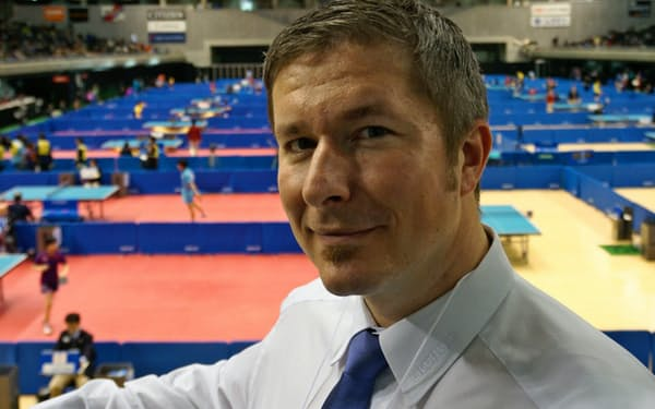 「日本には素晴らしい才能がたくさんいる」とペジノビッチ会長(18日、東京体育館)