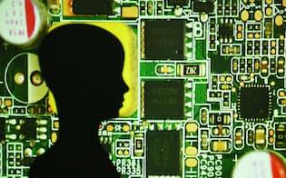 AIの研究開発で、日本の産学は後れをとっている