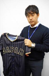 ユニホームなどを担当する杉本さん。野球にかける思い、世界一にかける思いをチームジャパンで共有する