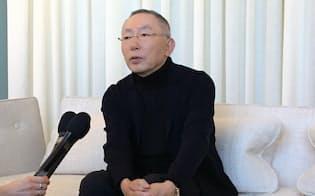 会見する柳井正ファーストリテイリング会長兼社長(29日、ニューヨーク)