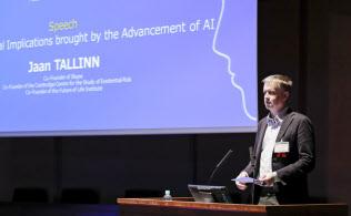 スカイプ共同創業者のジャン・タリン氏はAIのリスクを指摘する(3月13日、東京都文京区)
