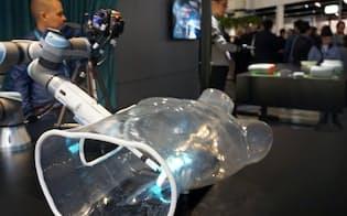 エリクソンは5Gを使い、感触を伝えられる遠隔の手術システムを開発した