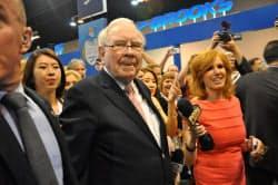 ウォーレン・バフェット氏は6日、同氏が率いる投資会社の定時株主総会に臨んだ(米ネブラスカ州オマハ)