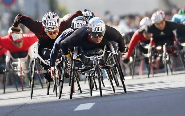 2月の東京マラソン車いすの部男子では、多くの日本人選手を従えてスタートした。2位だったが、日本選手の健闘を素直にたたえた