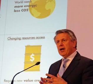 シェルのファン・ブールデンCEOは低炭素型エネルギーの拡大に意欲を見せる