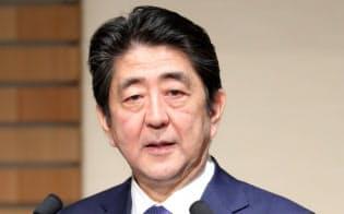 晩さん会で演説する安倍首相(5日、東京都千代田区)