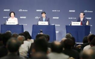 「香港返還20周年、グレーターチャイナの展望」をテーマに討論するパネリスト(6日午前、東京都千代田区)