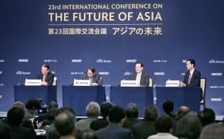 「揺れる世界秩序とアジア安全保障」をテーマに討論するパネリスト(6日、東京都千代田区)