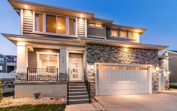 住友林業は今期、海外の住宅販売棟数が国内を上回る。写真は今年1月に買収した米エッジホームズ(ユタ州)が手掛ける住宅